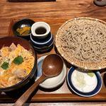 そばと天ぷら 石楽 - 親子丼とそばのセット1,200円