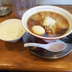 ほたる - 鶏中華そば+チャーシュー(4枚)+味付けたまご 半ライス