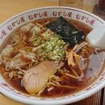 らーめんむかし屋 - 醤油ワンタン麺(大盛り)900円