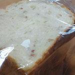 リオナカフェ - ライ麦パン