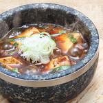 一軒め酒場 - 本格四川風~石焼麻婆豆腐です。