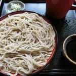 あずまや園 - 料理写真:もりそば(700円)