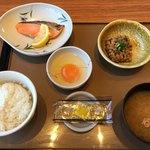 やよい軒 - 料理写真:銀鮭定食