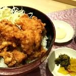 赤城鶏唐揚げ丼ランチ