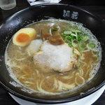 麺蔵ひの屋 - 料理写真:魚介合わせ醤油ラーメン