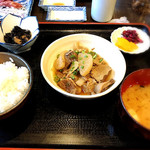 郷土料理とお食事処 赤富士 -