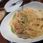 バツ - 本日のランチパスタ 春キャベツのペペロンチーノ