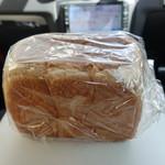 食パン専門店 成り松 - ☆【食パン専門店 成り松 靭公園店】さん…食パン(≧▽≦)/~♡☆