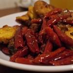 中国家常菜 燕郷房 - 料理写真:辣子鶏 (ラーズージー)