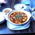8278812 - ご飯、スープ、ザーサイ、杏仁豆腐がつきます