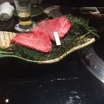 個室 焼肉 牛太 本陣 Hanare - 赤身ステーキ 二種