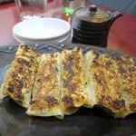純中国伝統料理四川料理 芊品香 - 芊品香手作りゴマ棒餃子