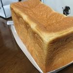 俺のBakery&Cafe 松屋銀座 裏 - 俺の生食パン香     1斤¥1000