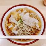 そばの神田東一屋 - 『肉そば』様(390円)