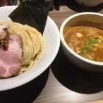 82786108 - 特製伊勢海老つけ麺+中盛り券50円