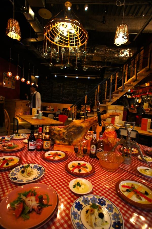 スパニッシュ レストラン チャバダ
