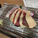 旨唐揚げと居酒メシ ミライザカ - 馬刺し(699円)