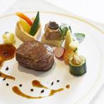 ロイヤルマナーフォート ベルジュール - 特選国産黒毛和牛フィレステーキ 当日はお一人おひとりにステーキの焼き加減をお伺いします!
