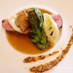 ビストロ オレイユ - 鴨のむね肉とフォアグラのポワレ