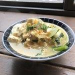マルニカフェ - 菜の花と鶏そぼろと豆腐の卵とじ