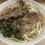 田舎 - 料理写真:ソーキそば390円