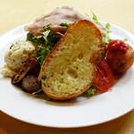 岩国イタリア食堂カンパーニュ - 本日のサラダ前菜仕立て