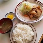 ランチハウスぐっち - 生姜焼き定食 750円