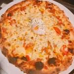 RESTAURANT BAR CHESS - ピザ