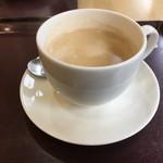 三びきの子ぶた - コーヒー安いー たっぷりサイズで280円
