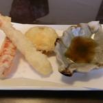 創作おうどん 遊佳 - パプリカ・エビ・焼き芋の天ぷら