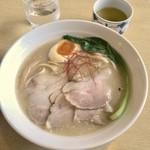 ラーメン いっこく - 鶏白湯(\780)