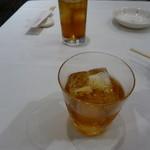 82825784 - 烏龍茶、甕5年紹興酒