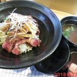 ステーキ食堂 BECO - 国産牛ロースステーキ丼シングル \950