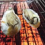 さかな道楽 - 料理写真:室津産牡蠣(1個)249円