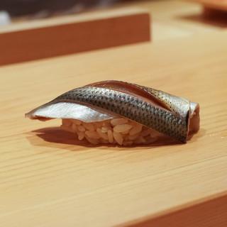 鮨 さかい - 料理写真:天草小肌