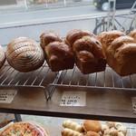 JAMES - (2018/1月)パン売り場
