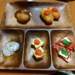 ブタとゆかいなレスとらん - 前菜3種とエビクリームコロッケにリゾットコロッケ