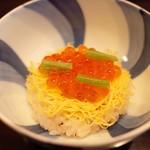 日本料理 子孫 - ちらし寿司