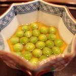 日本料理 子孫 - 白魚とうすいえんどうの冷製茶碗蒸し