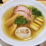 82838896 - 「特上塩らぁ麺」(1400円)です