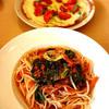かくれん穂 - 料理写真:グルテンフリーのピザとパスタ