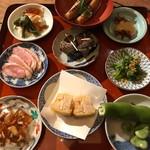 鶴亀樓 - 前菜9種