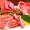 肉料理 花の屋 - 料理写真: