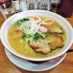 池田麺彩 - 塩ラーメン(大盛) + 味玉