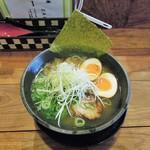 SALT - 料理写真:塩ラーメン(大盛) + 玉子