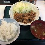 太平楽 - 豚焼肉定食