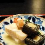 祇園 たに本 - 平貝、鮃求肥巻、長芋、うるい菜、白酢かけ