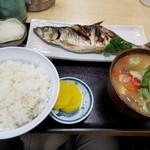 動坂食堂 - 料理写真:生ニシン塩焼き定食