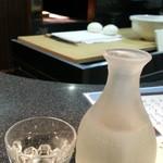 健心流 - 飲み放題1時間1,300円から 日本酒のオリジナルラベル 健心流(宝寿本醸造)通常500円