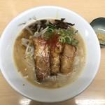 ラーメン たぬき屋 - 熟成豚骨ラーメン 限定(昼・夜)各15食 680円